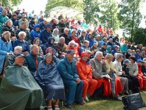 Vår trogna publik som kommer i alla väder.