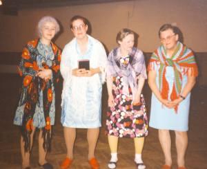 Lekstuga 4 damer