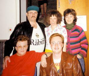 Minneslek   Annorlunda familjen